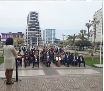 Anejud Tarapacá realiza acto Solemne en plaza de Tribunales.
